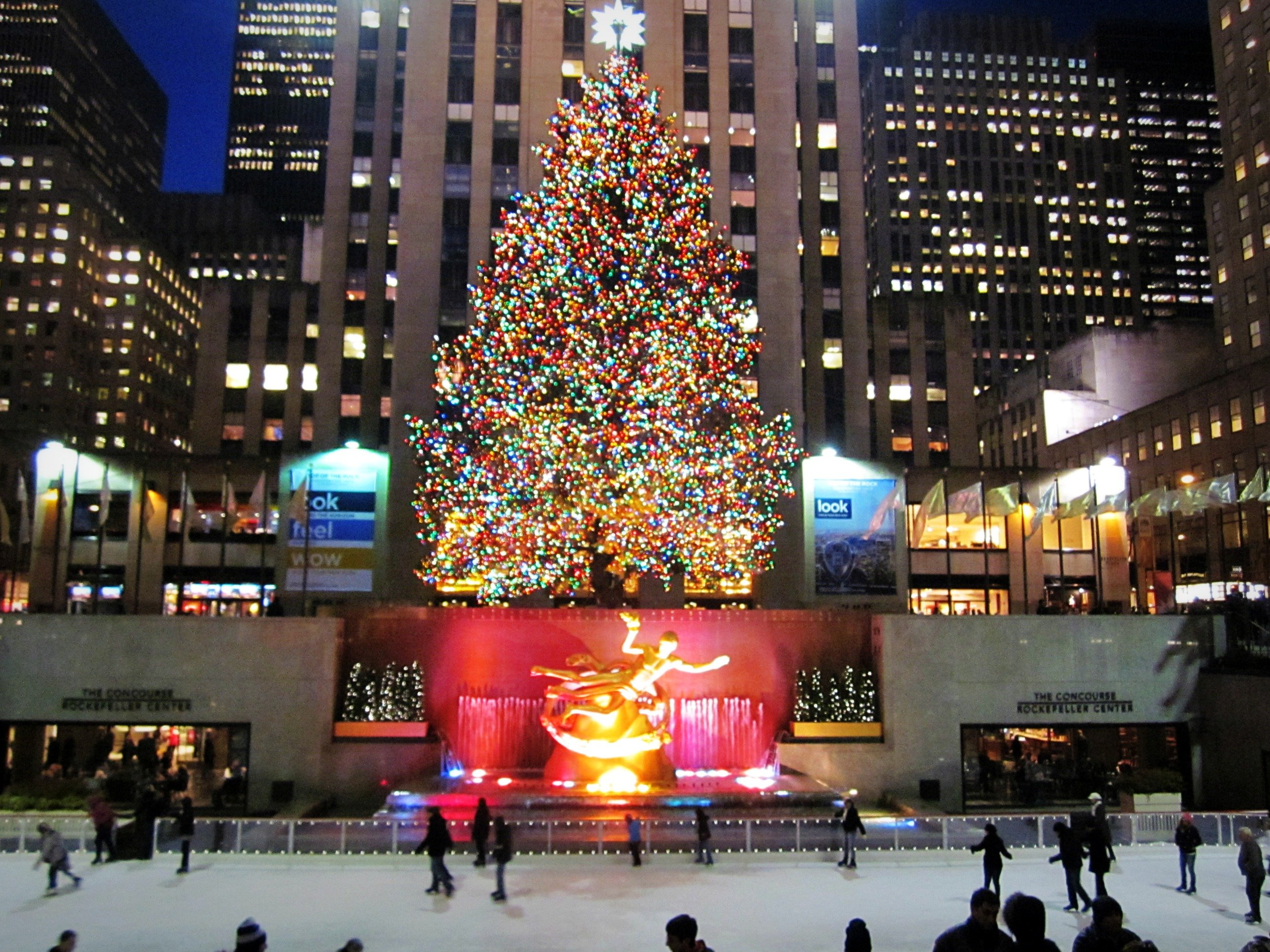 New York Christmas Wallpaper - WallpaperSafari