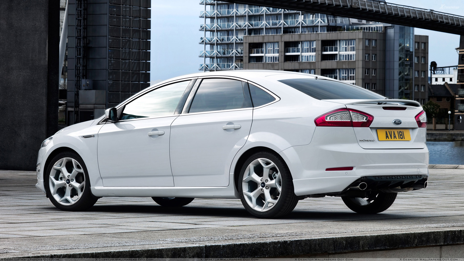 Ford Mondeo Side Pose In White Wallpaper 1920x1080