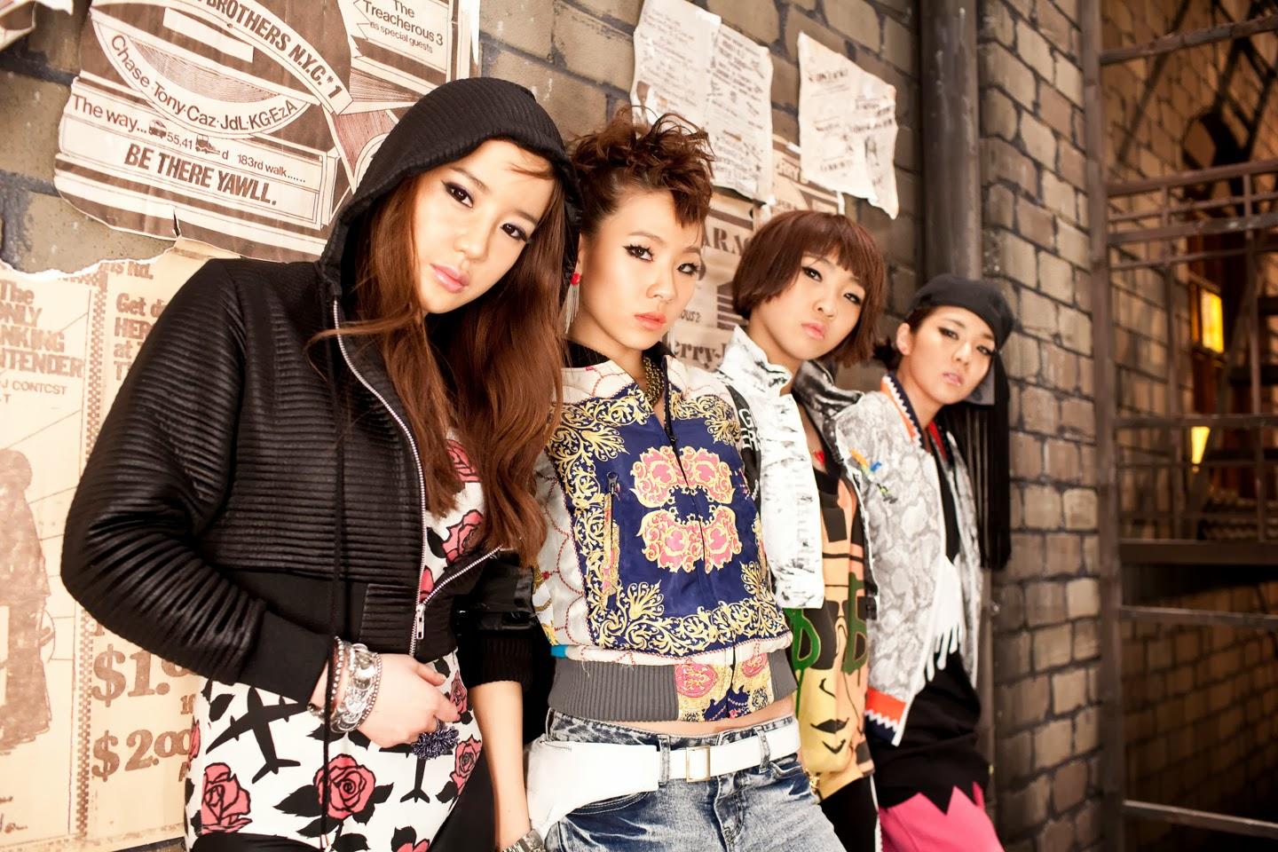Free Wallpaper 2NE1 HD Deloiz Wallpaper [1440x960
