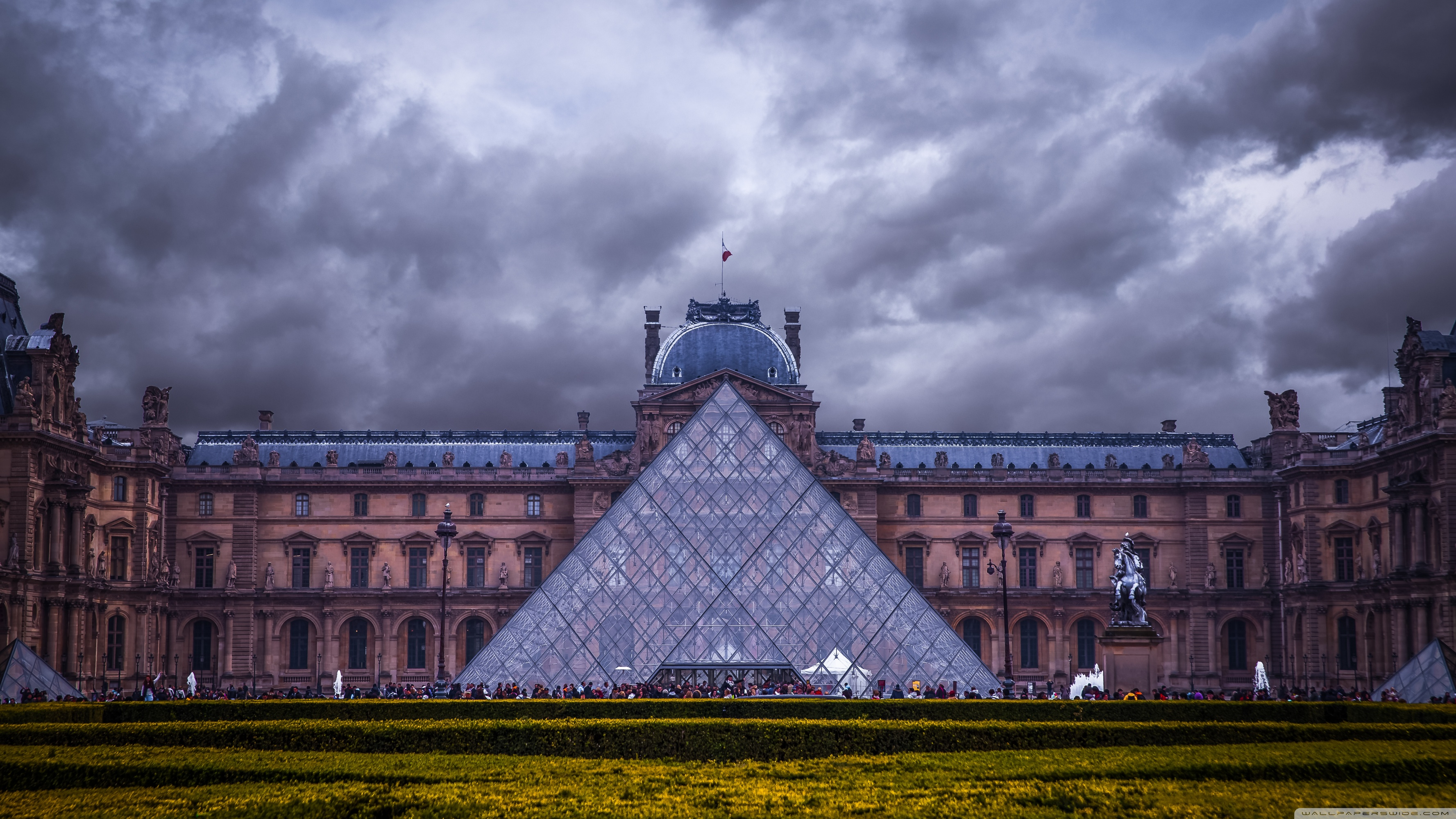 Louvre Museum Paris France 4K HD Desktop Wallpaper for 4K 3554x1999