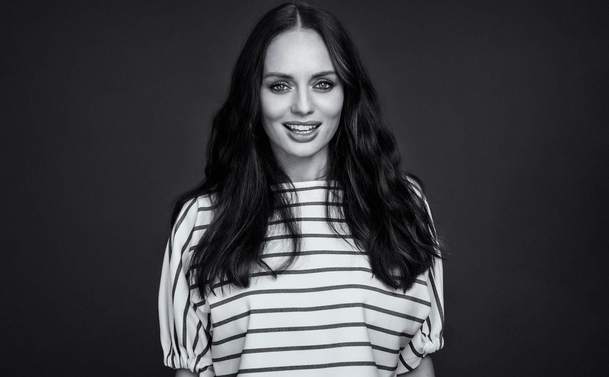 Laura Haddock photo 171 of 171 pics wallpaper   photo 2000x1238