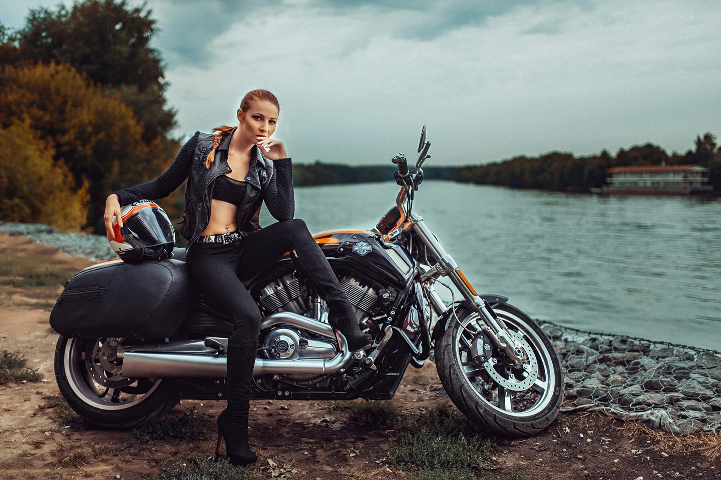 motorcycle-and-girl-pics-only-native-american-pussy