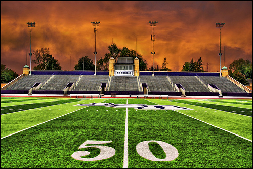 football field wallpaper st thomas university football 500x333
