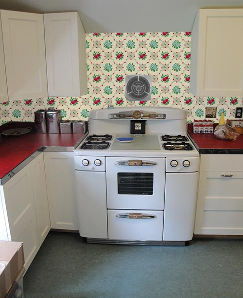Free Download Wallpaper The Backsplash Deb Wants Our Help With Her Retro Design 500x612 For Your Desktop Mobile Tablet Explore 47 1950s Kitchen Wallpaper 1950 Wallpaper Vintage Kitchen Wallpaper