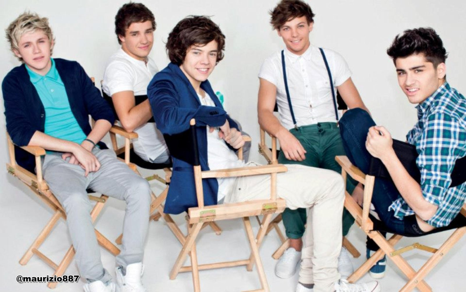 one direction The Official Annual 2013 one direction 32588427 1600 1600x1003