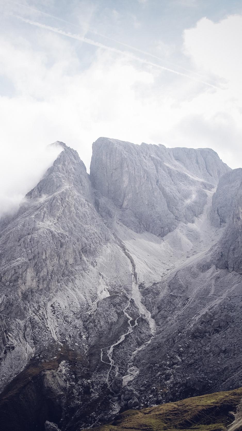 Download wallpaper 938x1668 south tyrol bolzano mountains 938x1668