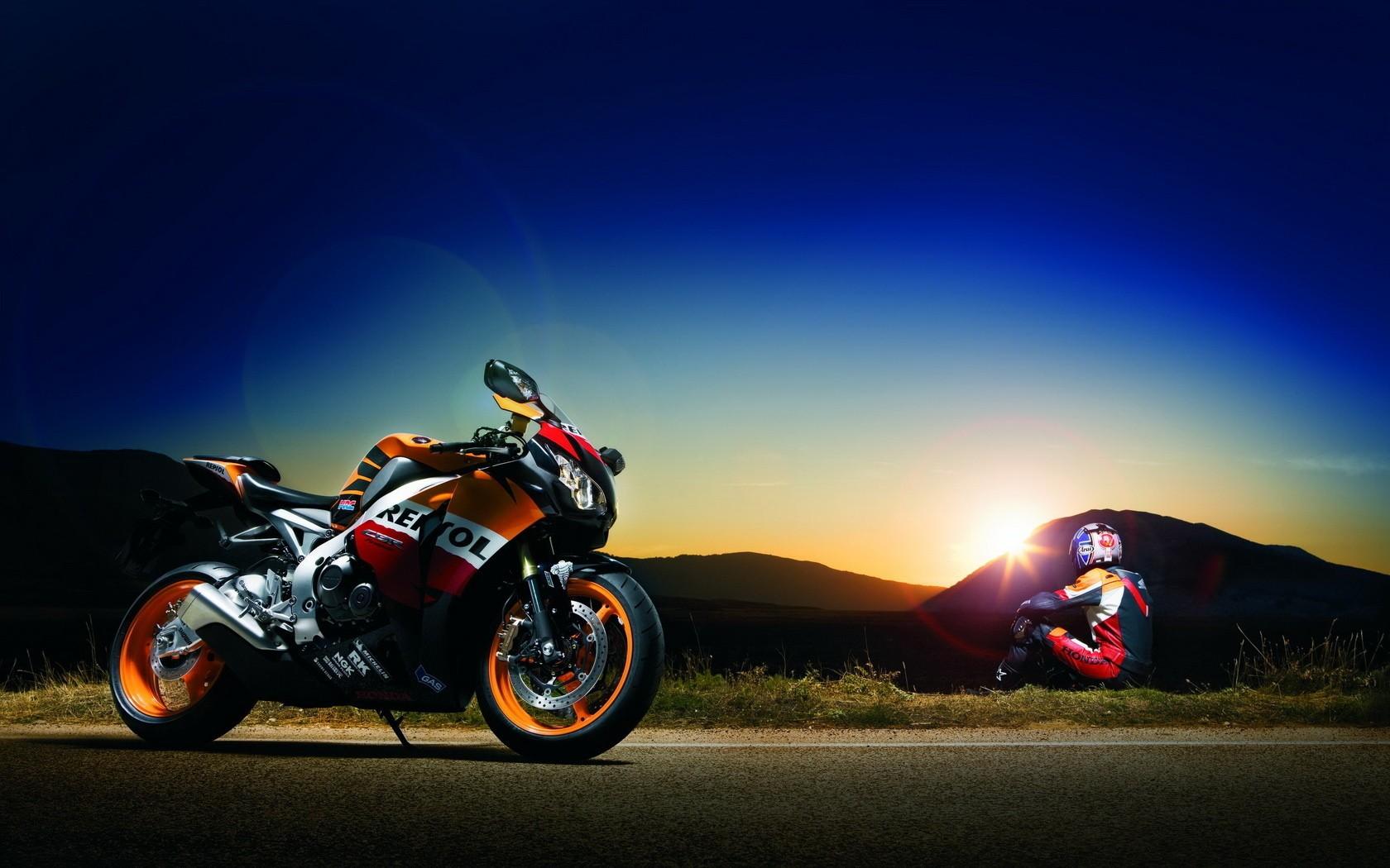 Honda CBR Honda CBR1000RR Repsol midnight Wallpapers 1680x1050
