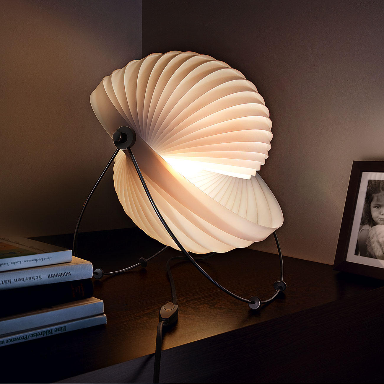 Eclipse Designer Lamp Famous classic design from 1982 Offers a 1300x1300
