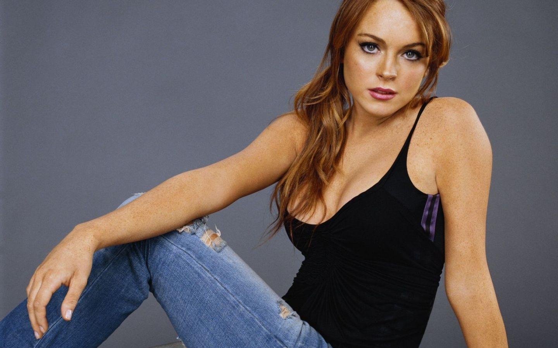 Fondo de Pantalla Lindsay Lohan con jeans   Wallpapers HQ 1080p 1440x900