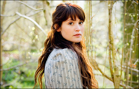 Cast This Claire Beauchamp Randall Fraser Outlander TV News 470x300