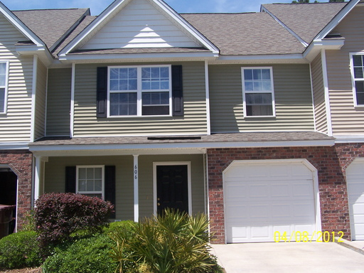 Pristine 3 bd 25 ba townhouse with garage and screened porch in The 512x384