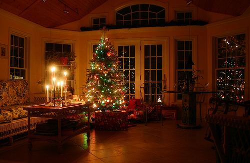 frankenstein christmas tree wallpapers warm and cozy christmas tree 500x327