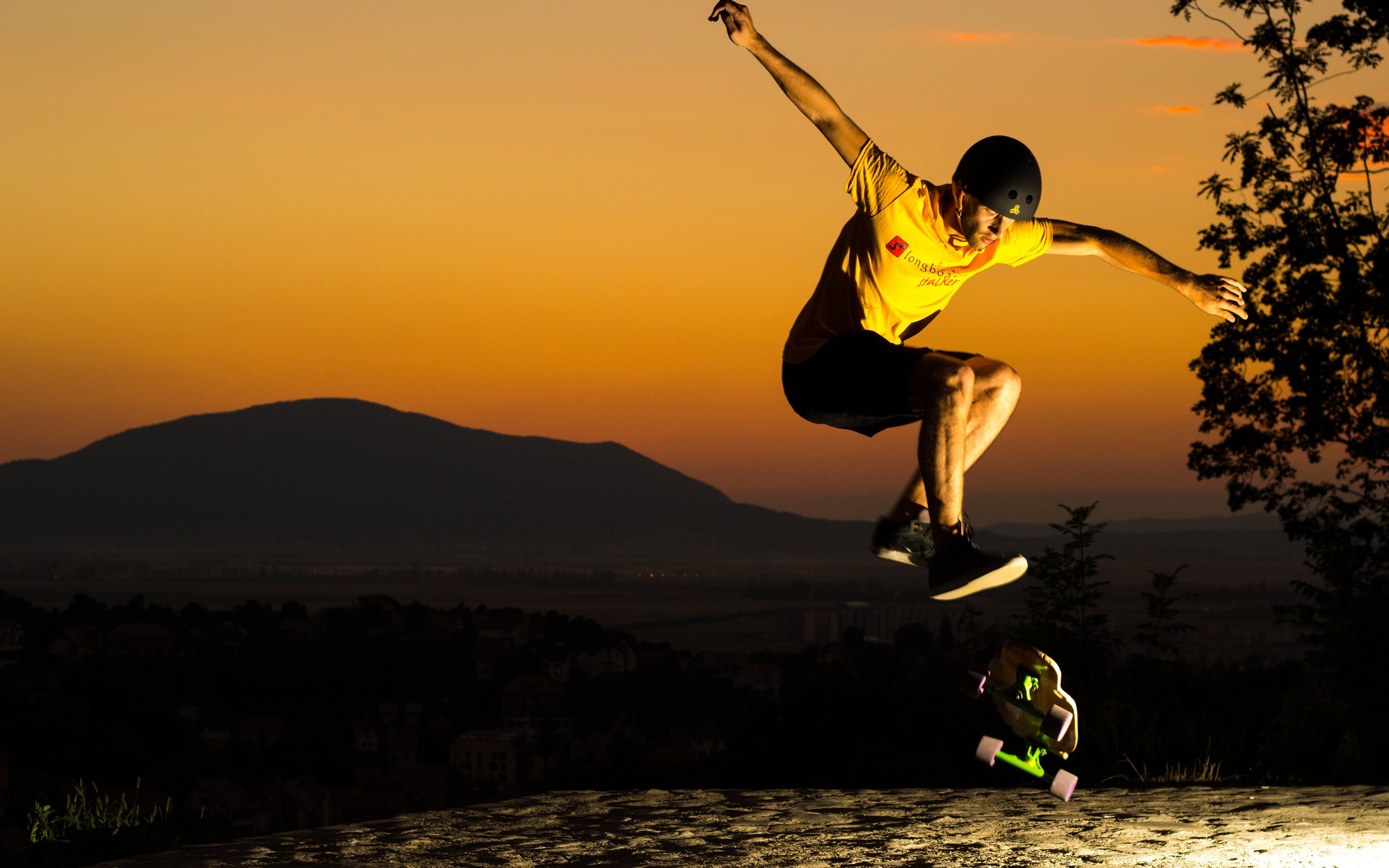 File Name Cool Skateboarding Wallpaper 2560x1600