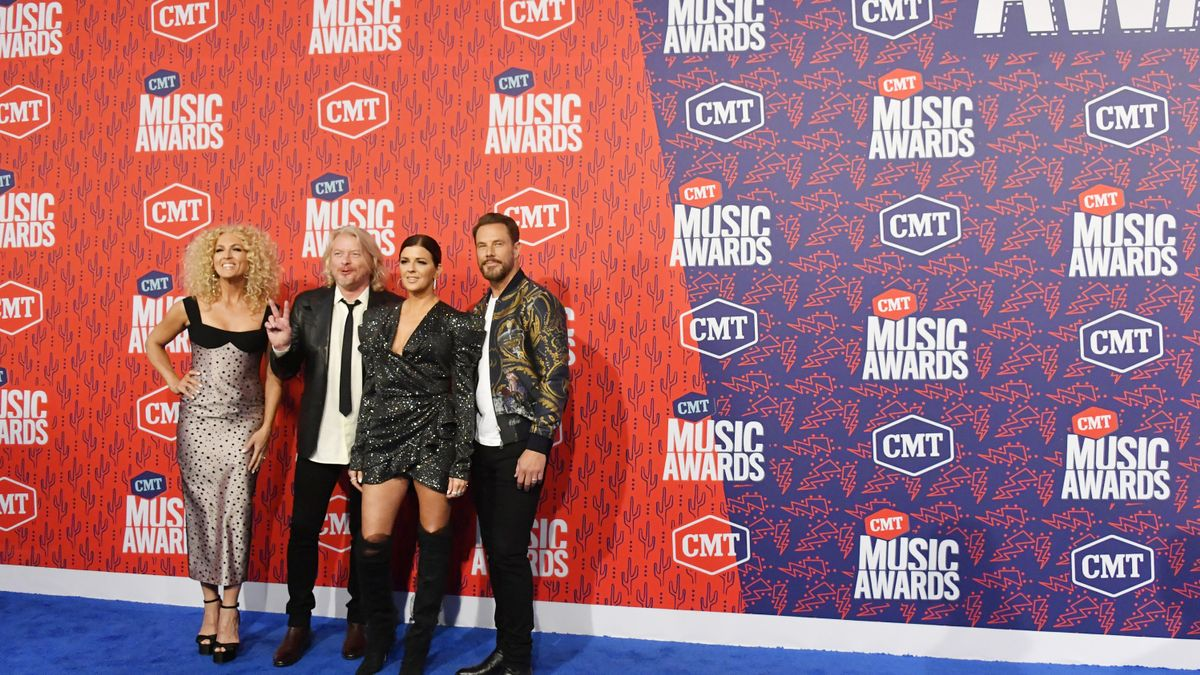 See the Red Carpet Arrivals for the 2019 CMT Music Awards CMT 1200x675