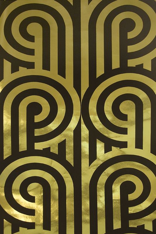 Turnabouts Wallpaper Striking metallic Gold and black looping stripe 534x800