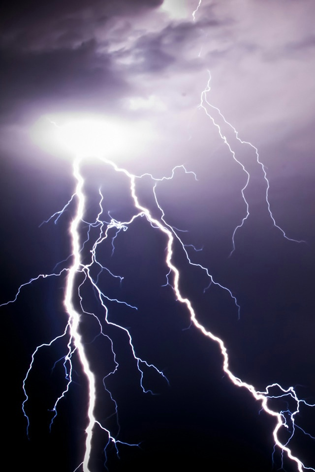 Lightning iPhone 4 Wallpaper and iPhone 4S Wallpaper 640x960