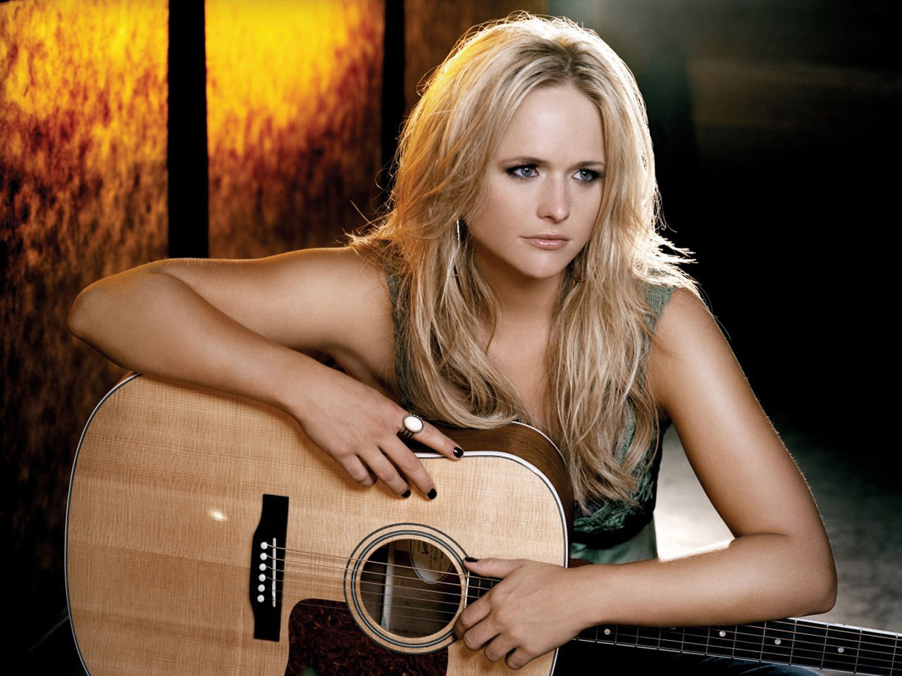 Country Singer Miranda Lambert computer desktop wallpapers 1280x960