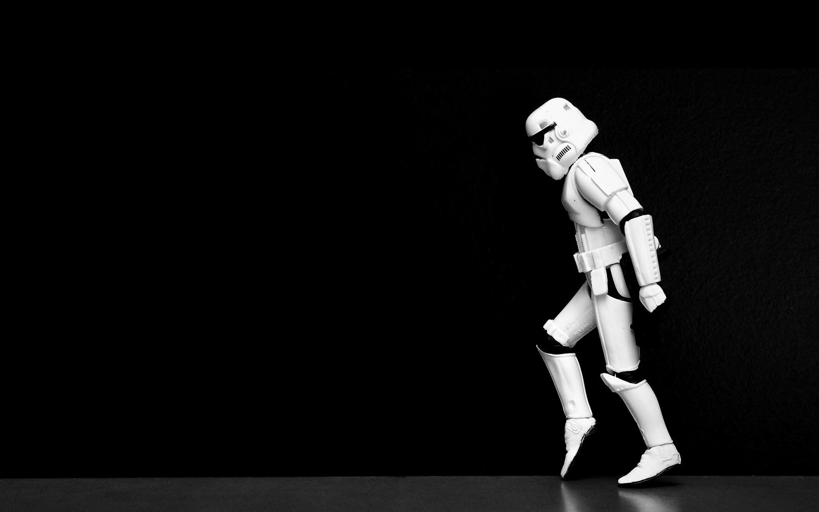 Star Wars Storm Trooper Dance2 Android Wallpaper 1600x1000
