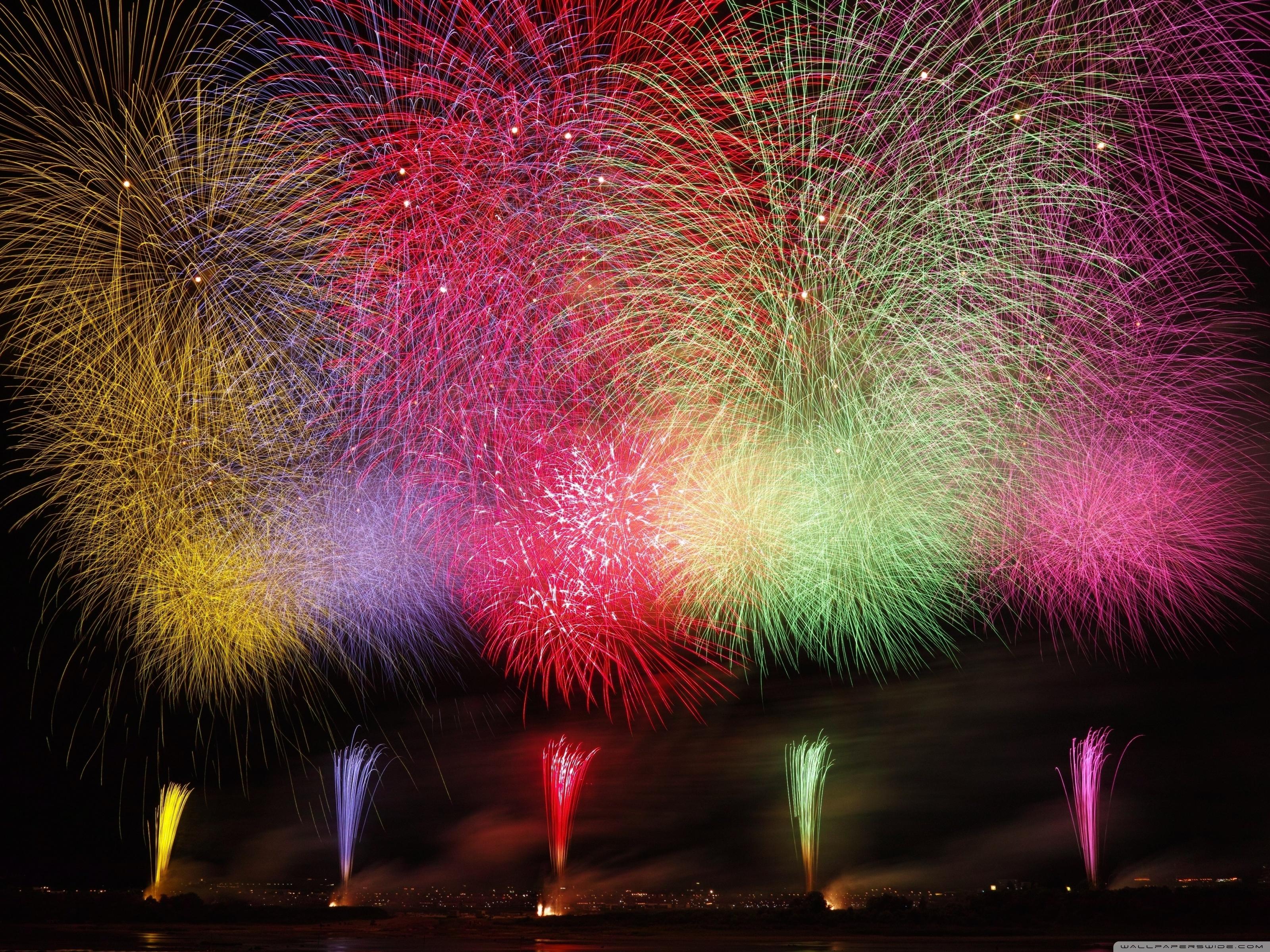 Amazing Fireworks 2020 Ultra HD Desktop Background Wallpaper for 3200x2400
