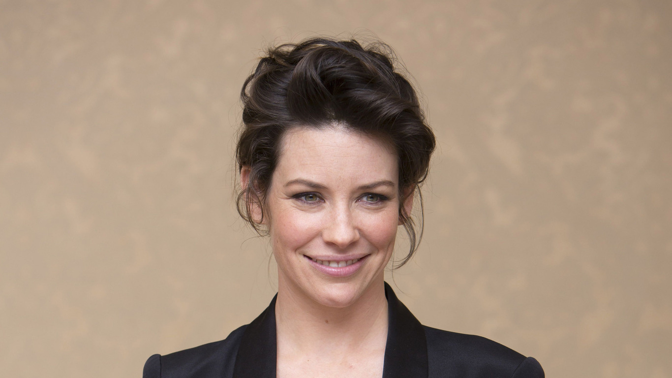 Evangeline Lilly The Hobbit wallpaper 7432 1366x768