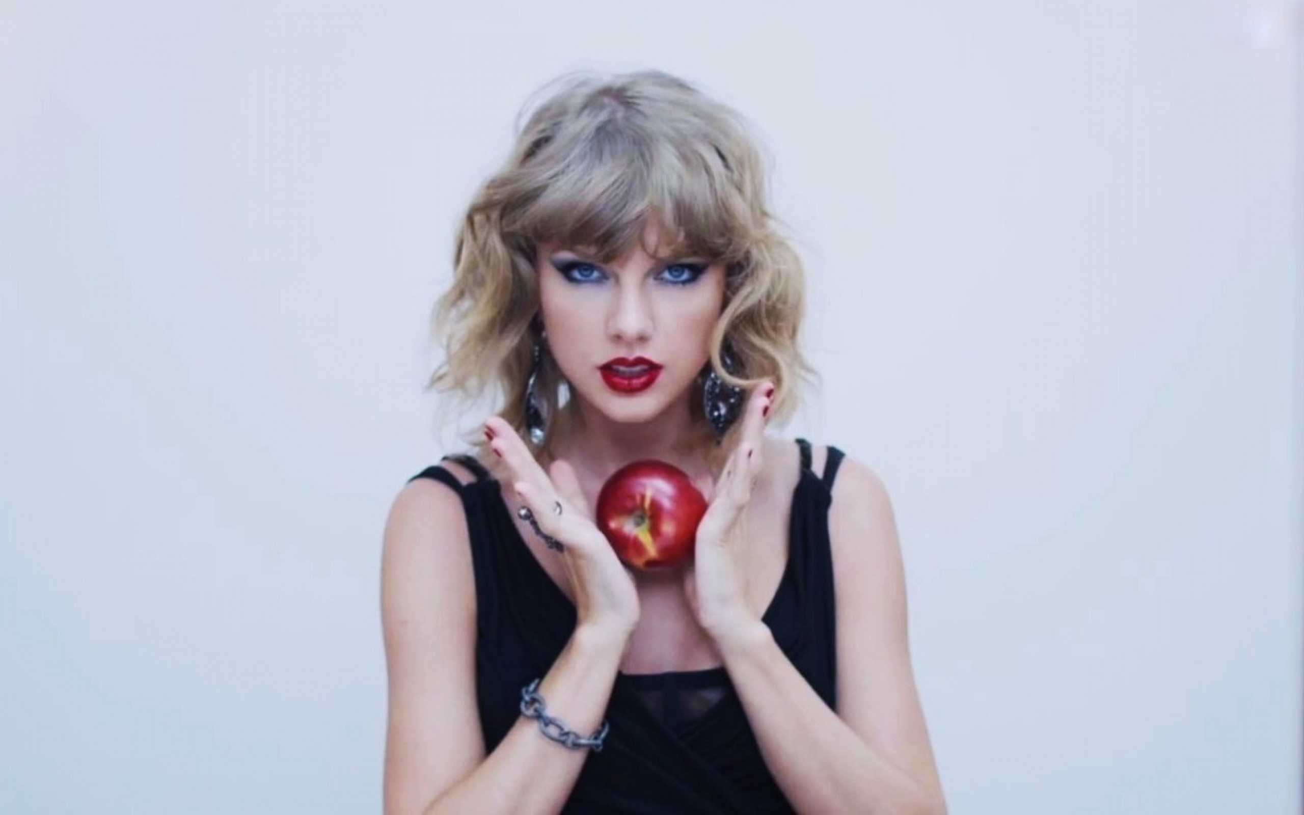 Taylor Swift 2015 Wallpapers Pictures Images 2560x1600