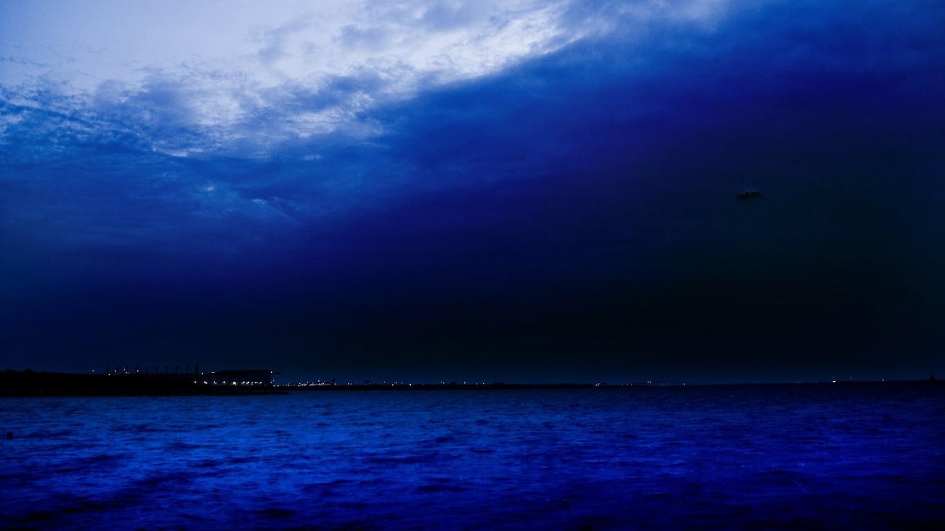 Night sky wallpaper 4723 1366x768