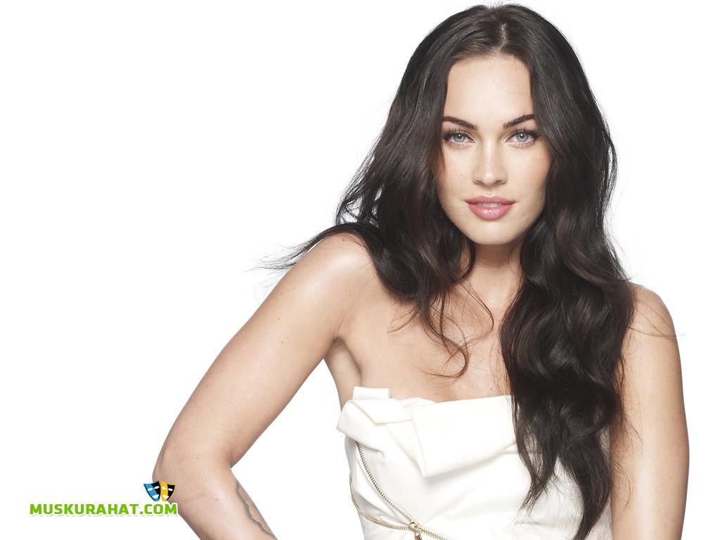 Megan Fox Desktop Wallpaper 26466 Hollywood Celebrities Wallpapers 1024x768