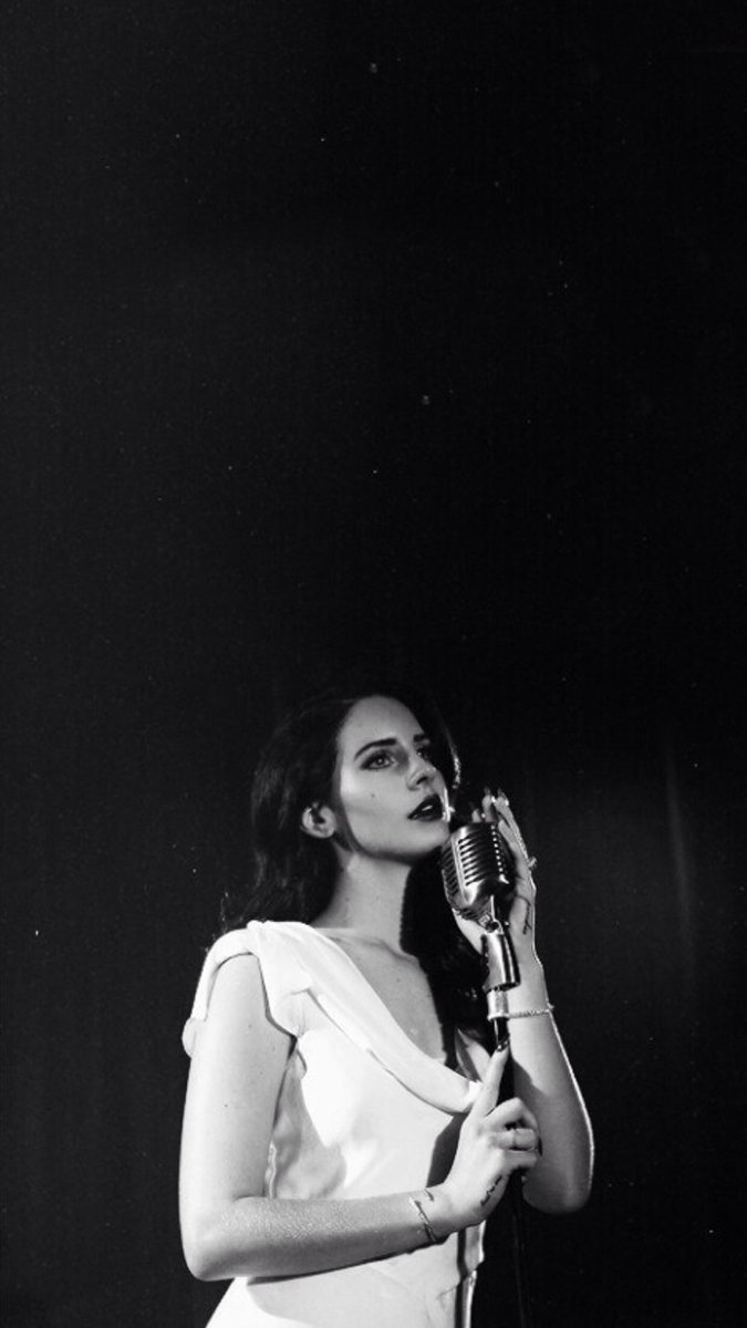 on Twitter   Wallpapers Lana Del Rey 675x1200