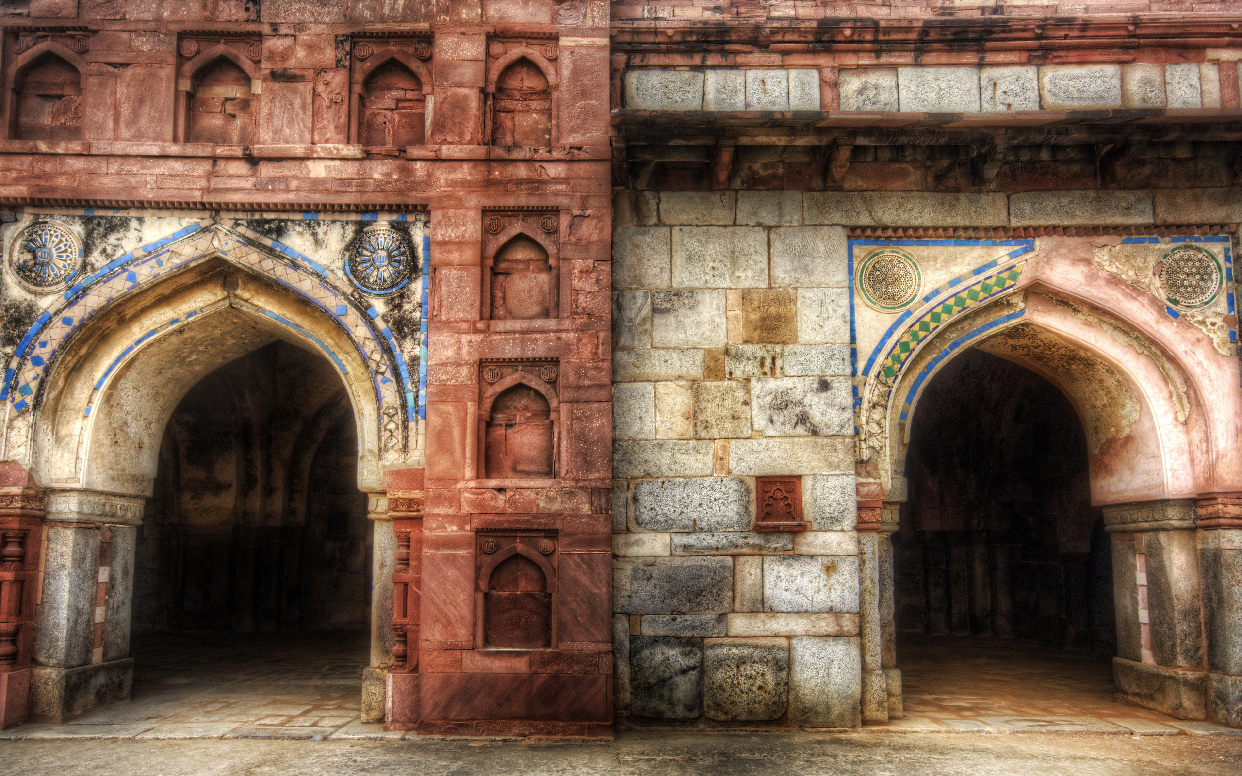 2560x1600 Doors of India desktop wallpapers 2560x1600
