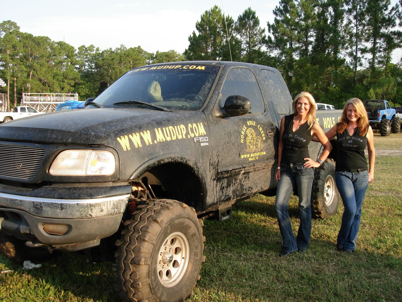 Ford Trucks Country Girls And Wallpaper View Original 1600x1200