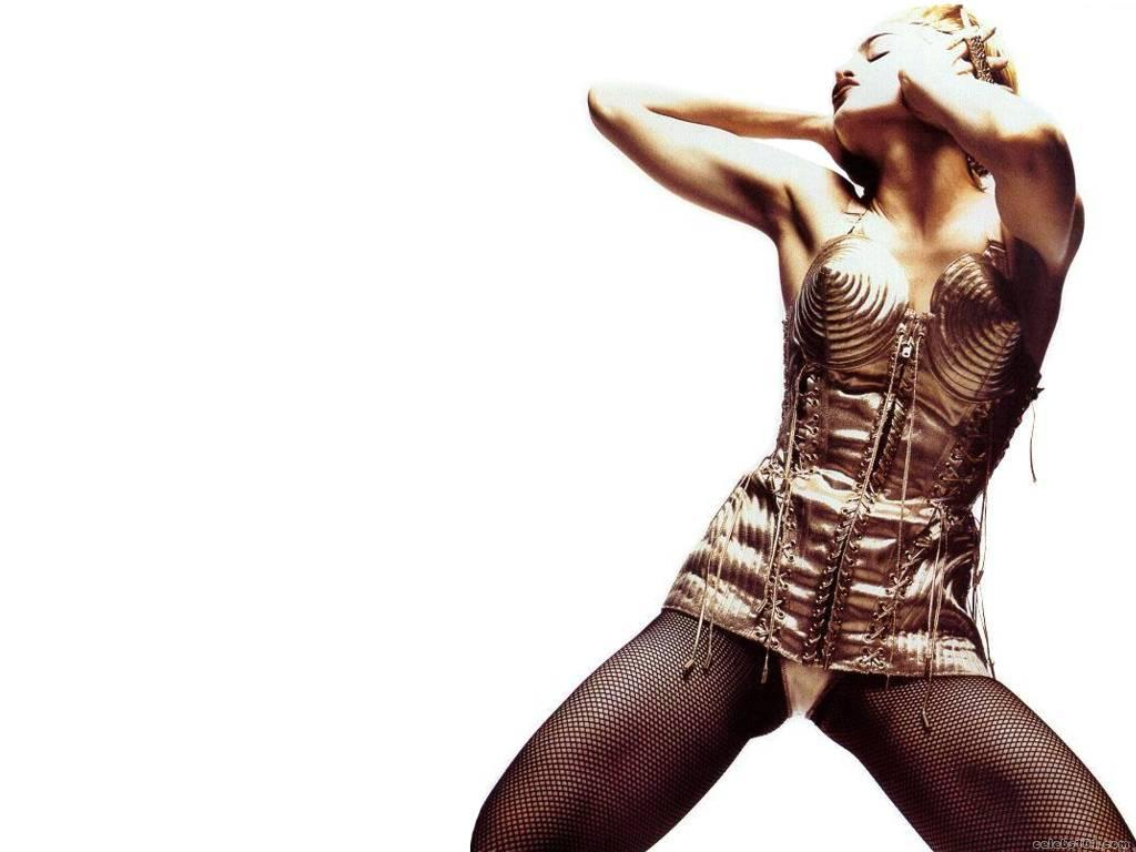 Madonna High quality wallpaper size 1024x768 of Madonna Wallpaper 1024x768