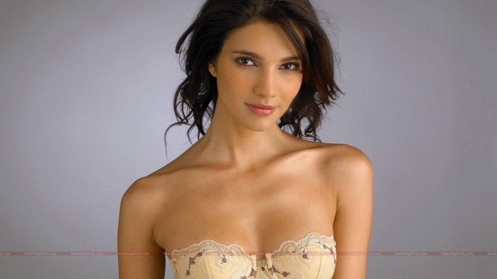 Hollywood Actress Hot Wallpapers 14 SweetAngelOnlycom 1600x900