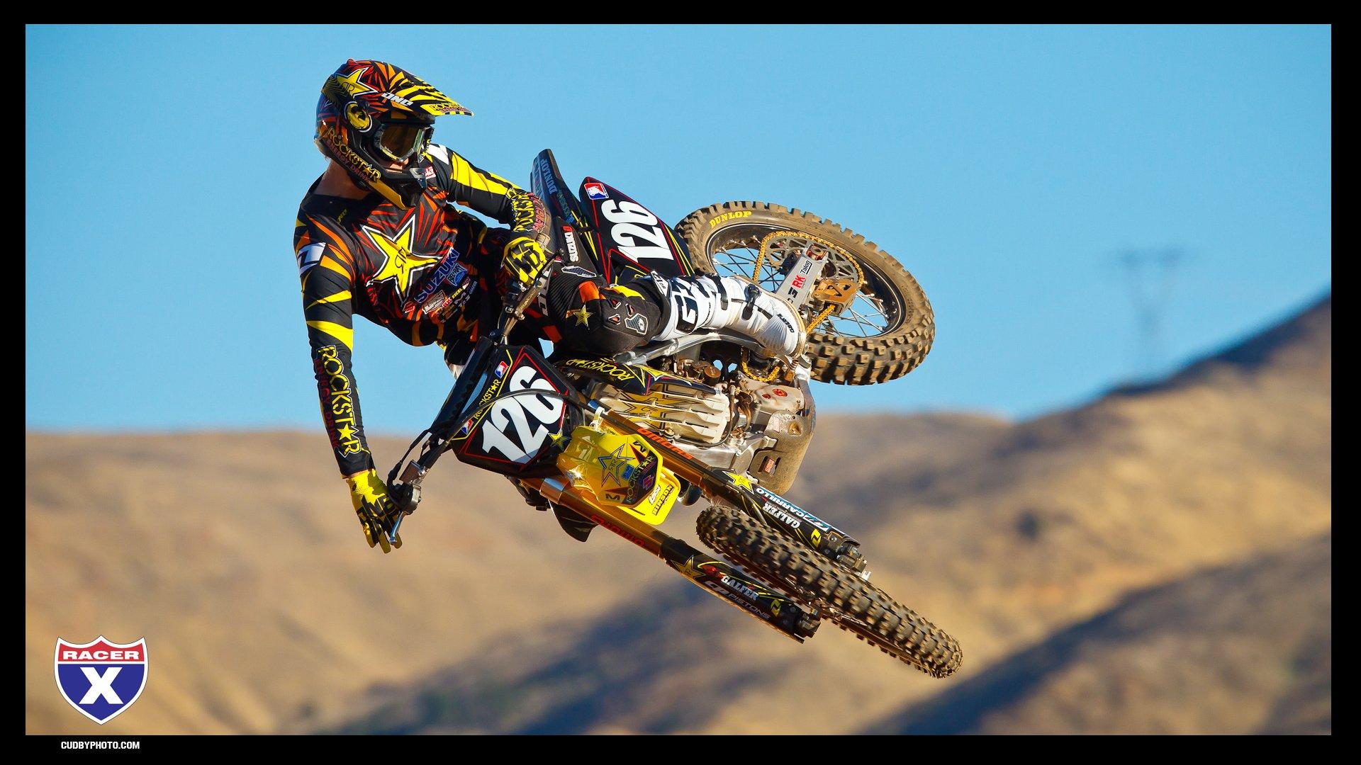 47 Motocross Screensavers Wallpapers On Wallpapersafari