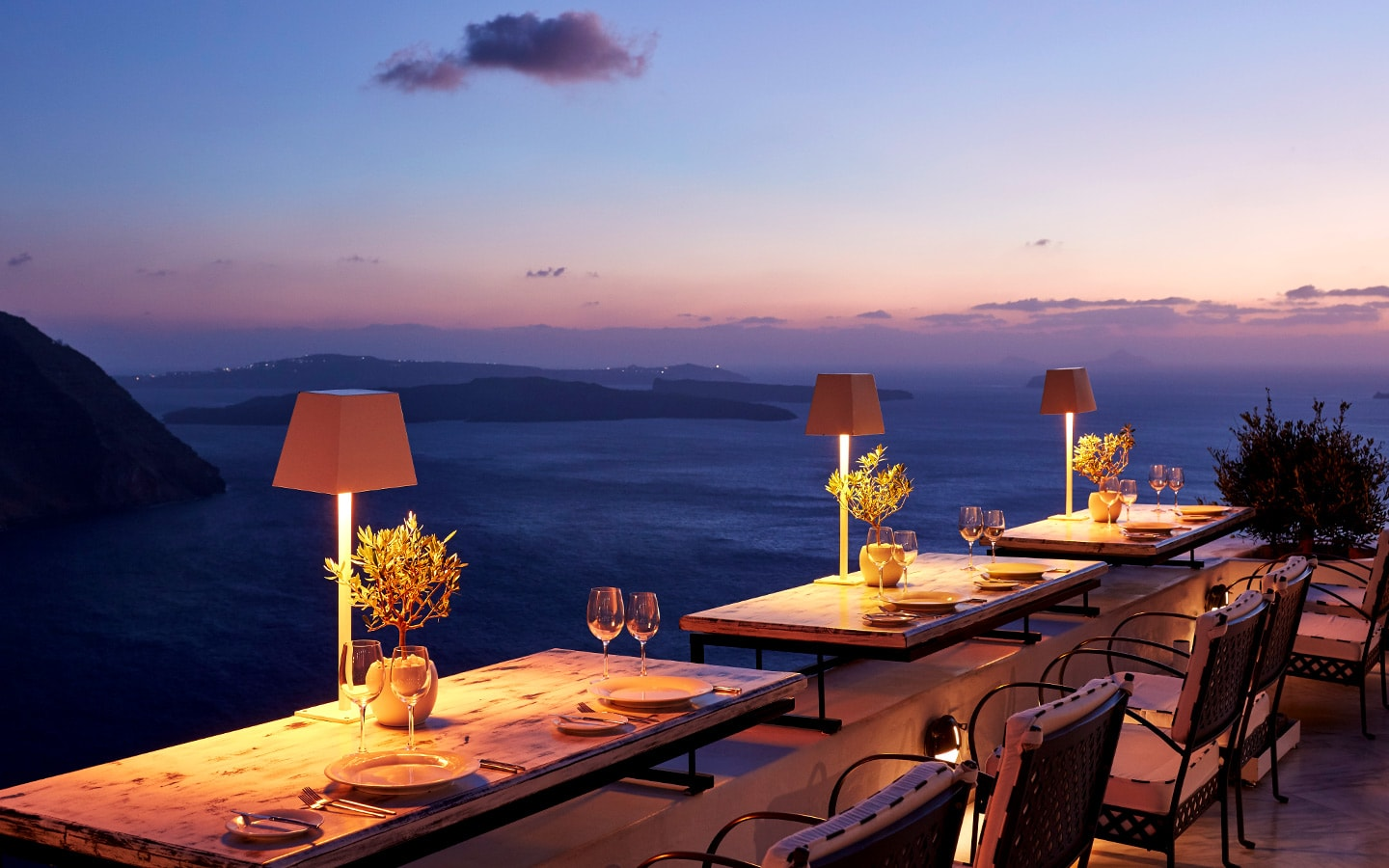 Cliffside Dinner Restaurant San Antonio Santorini Hotel 1440x900