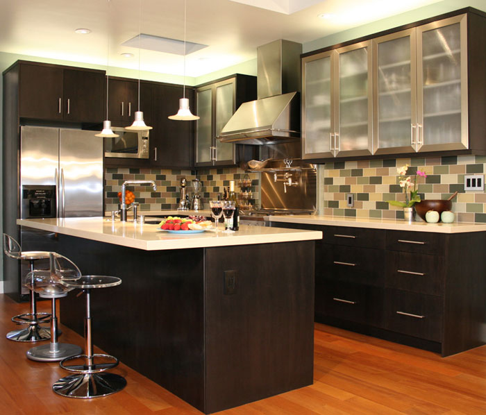wallpaper border kitchen decorating tips 5 Kitchen Decorating Tips You 700x598