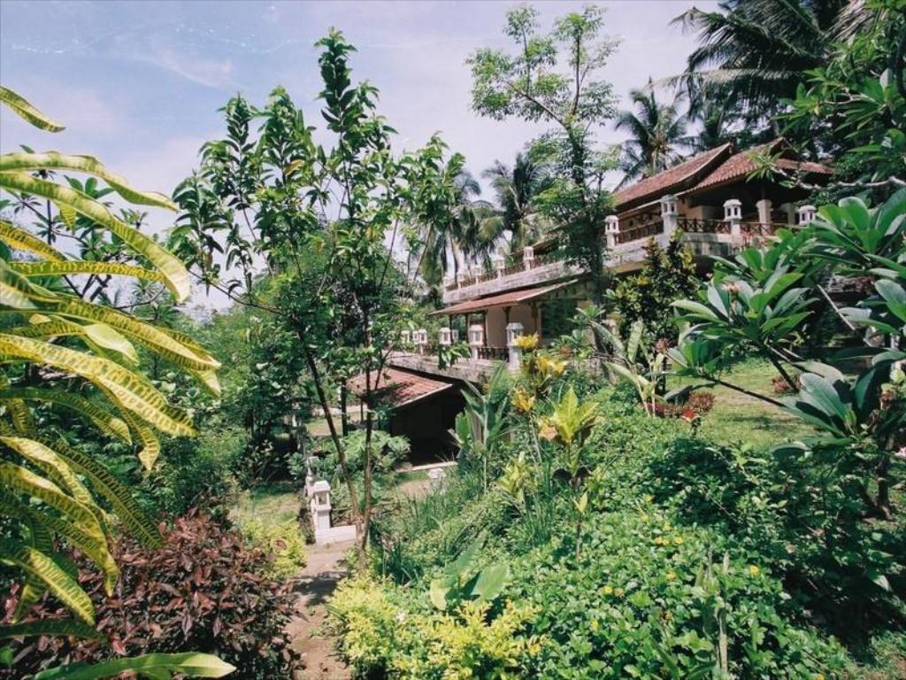 Gaia Oasis Mountain Retreat Resort Bali   Deals Photos Reviews 1024x768