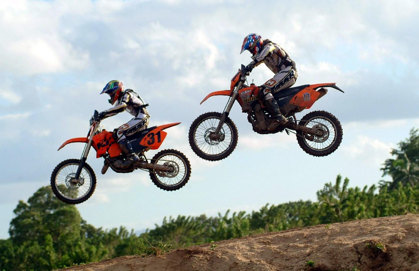 motocross enduro Wallpaper 1428x925