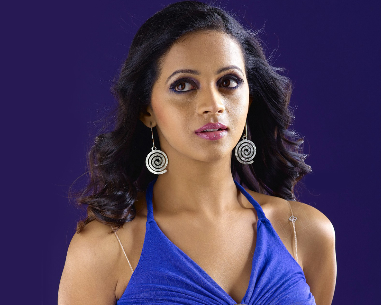 South Indian Actress Bhavana Wallpapers HD Wallpapers 1280x1024