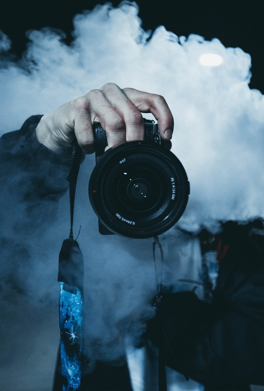 500 Photographer Pictures [HD] Download Images on Unsplash 1000x1479