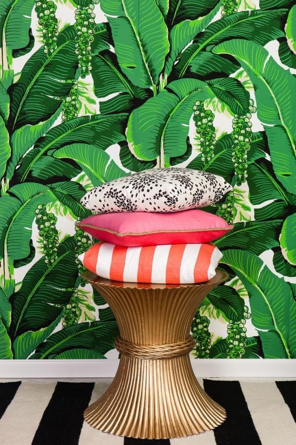 Martinique Banana Leaf Dorothy Drapers Brazilliance Wallpaper 600x900