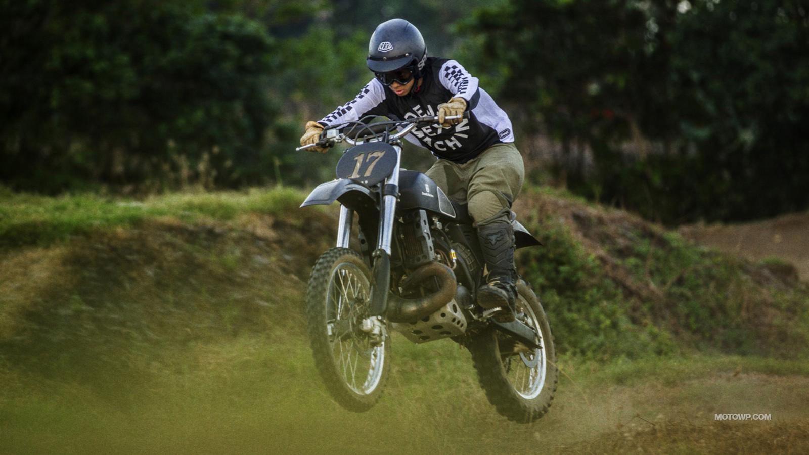 Custom motorcycle desktop wallpapers Deus Ex Machina Swede 1600x900