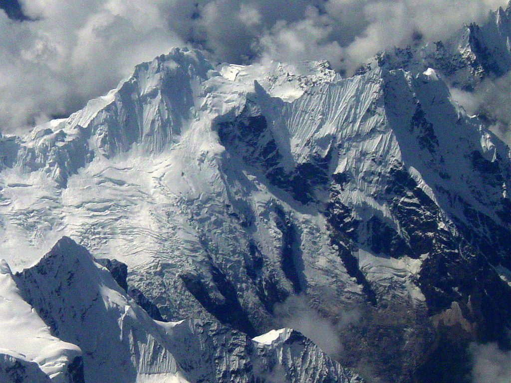 PicturesPool Beautiful Mountain Wallpapers  Himalayas 1024x768
