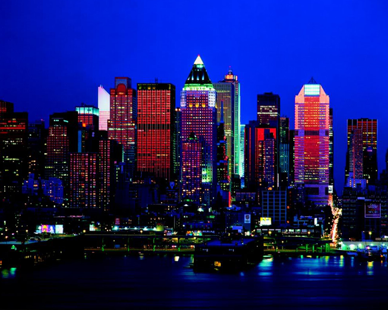 New York City Night Skyline Wallpaper   1280x1024 iWallHD   Wallpaper 1280x1024