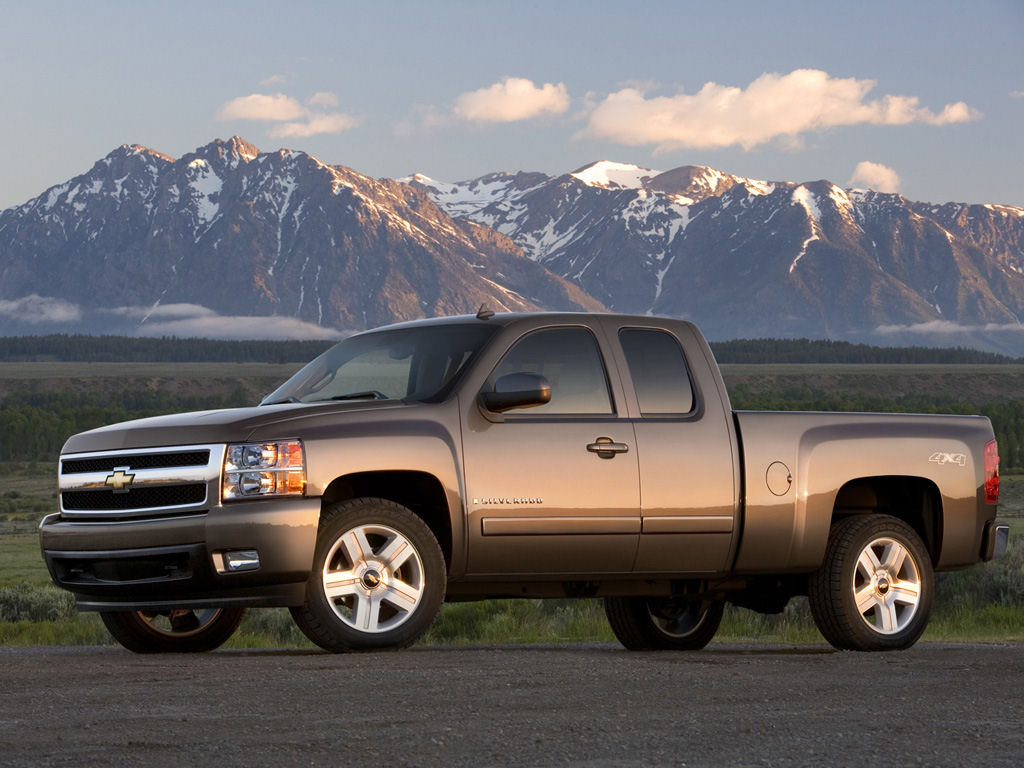 click on the 2007 chevrolet silverado 1500 crew cab wallpaper below
