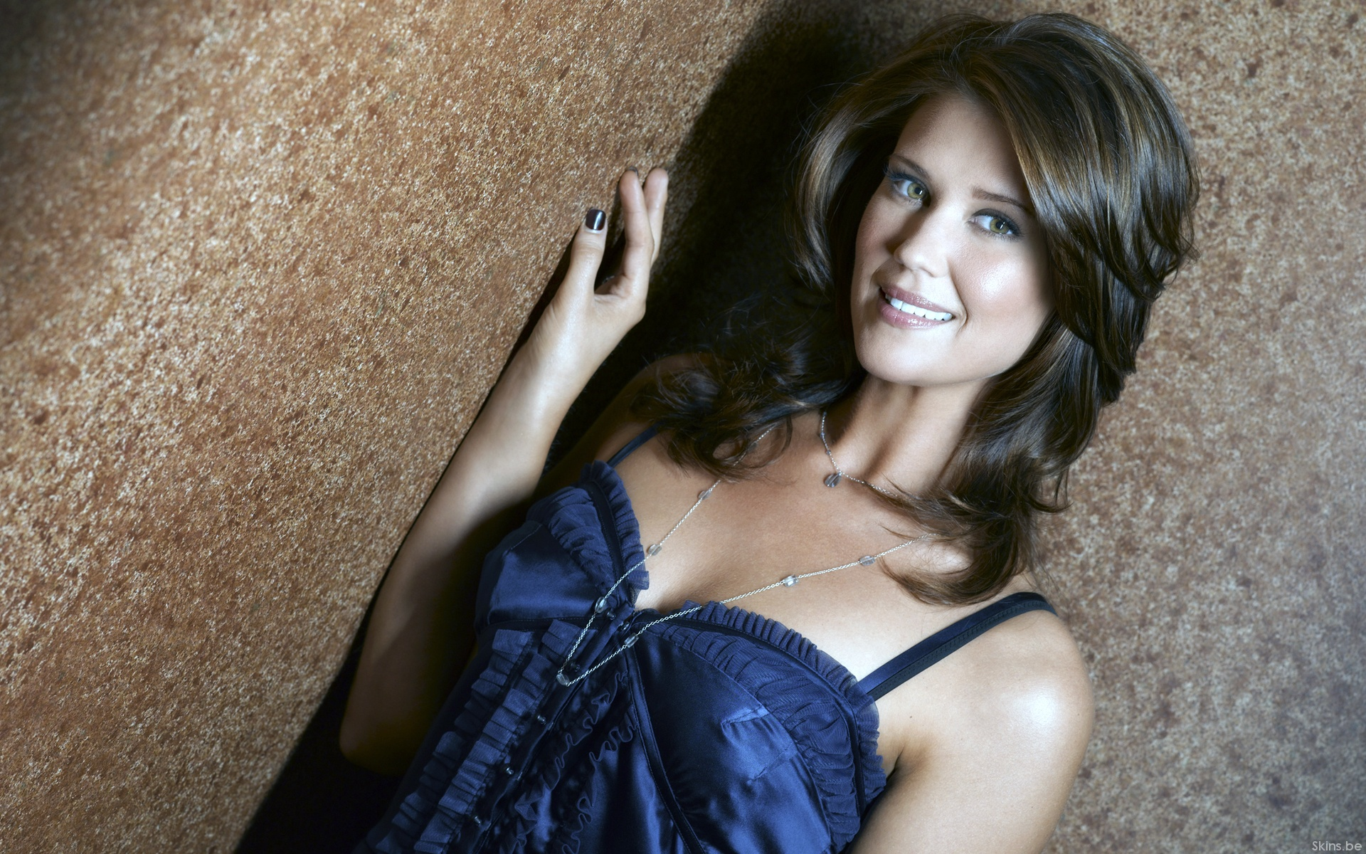 Sarah Lancaster Wallpapers 1920x1200