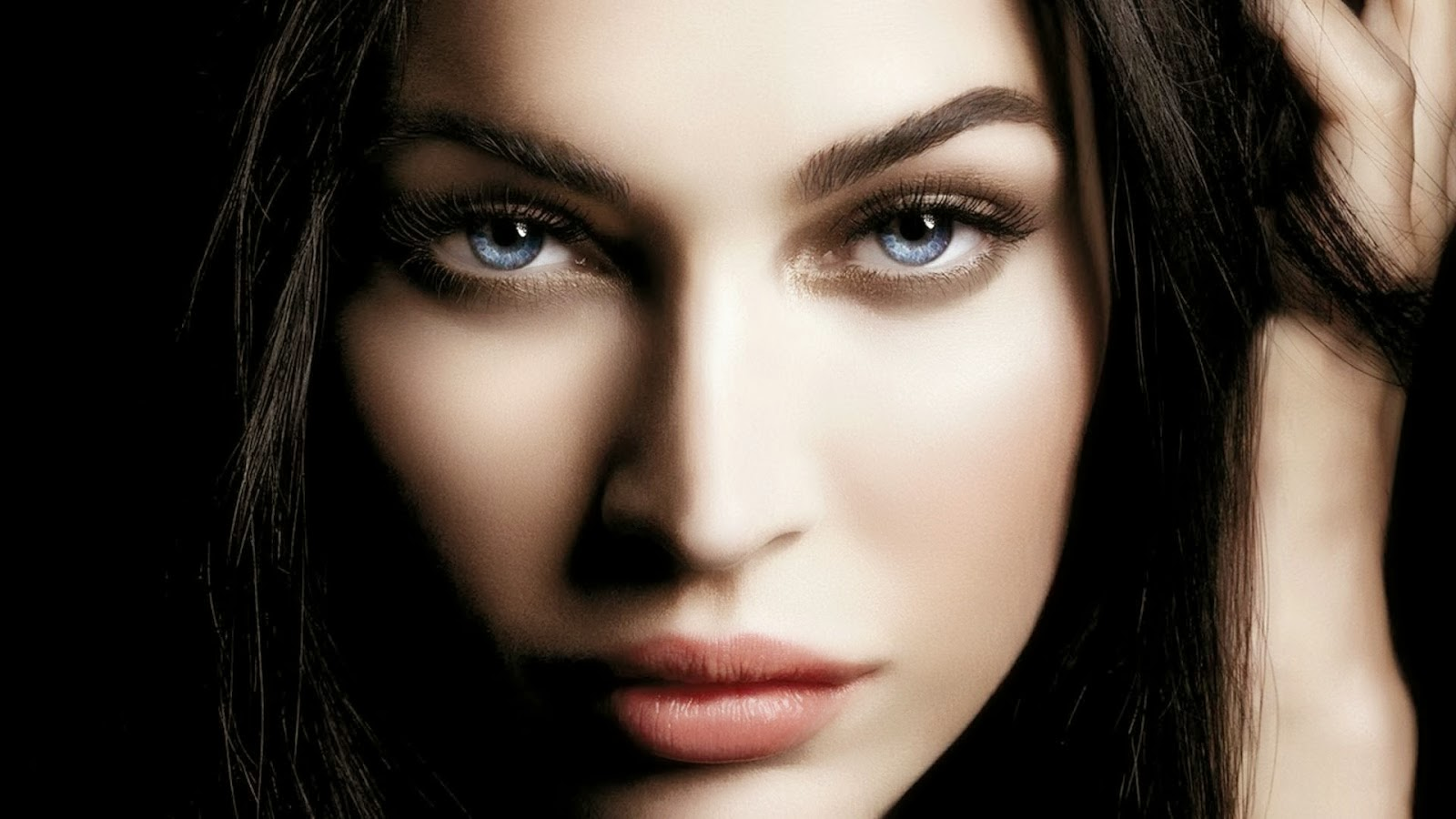 in 1080p megan fox hd wallpapers in 1080p megan fox hd wallpapers in 1600x900