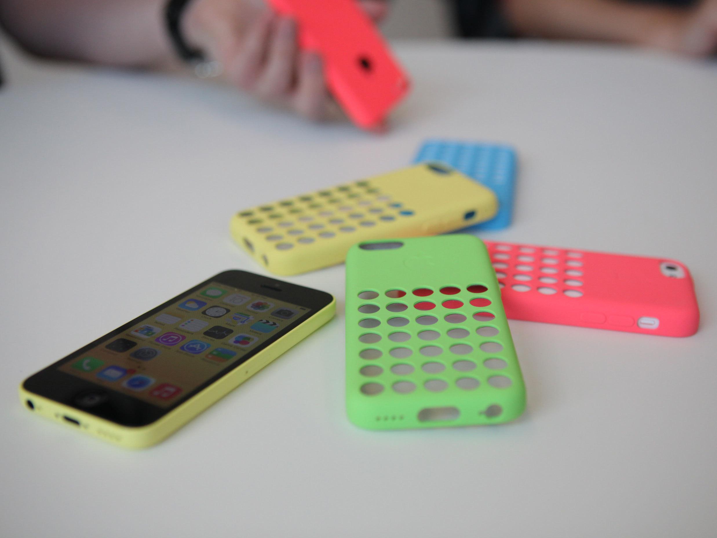 IPhone 5C Yellow Wallpaper
