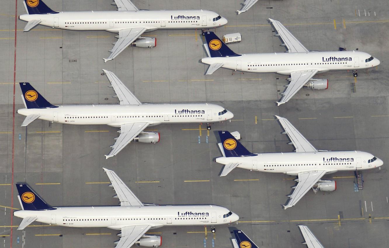 Wallpaper Aircraft Liner Board Airport Lufthansa Airbus 1332x850