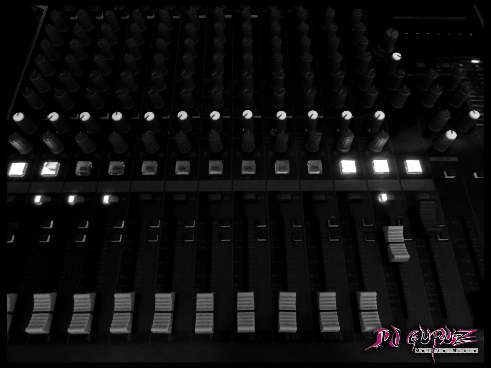 Music Production Studio Wallpaper This Course 1600x1200