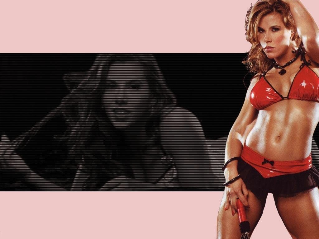WWE Mickie James Video WWE Superstar Mickie James Wallpapers Best 1024x768